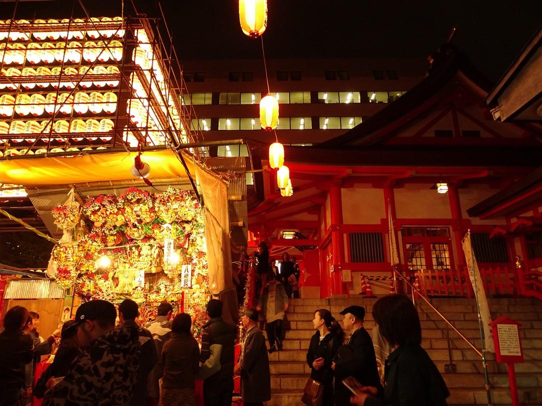 hanazono-shrine-matsuri-shinjuku