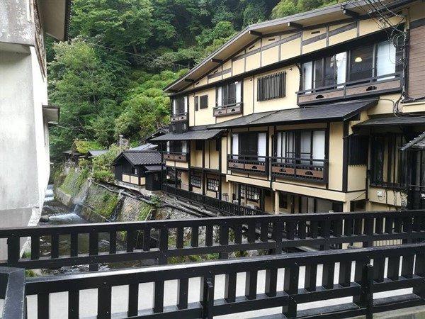 Une auberge à Kurokawa